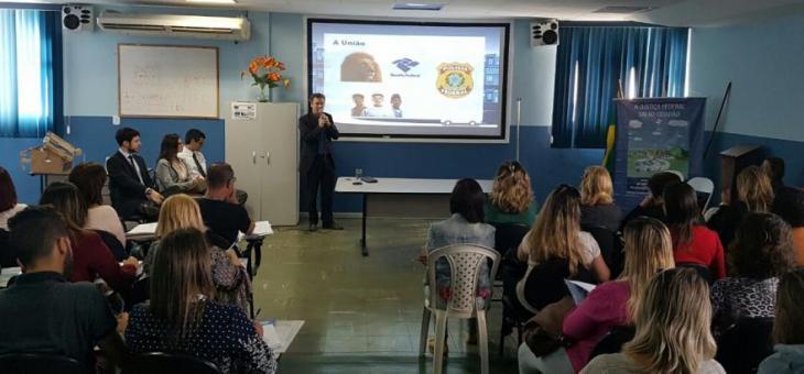 Centro de Atendimento Itinerante e Subseção Judiciária de Volta Redonda promovem curso de capacitação