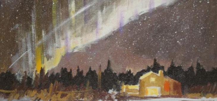 Acrílica sobre tela. A tela mostra o céu estrelado com as brilhantes luzes polares sobre uma floresta e uma casa em tom mostarda iluminada ao centro, tendo à frente um campo coberto de neve.