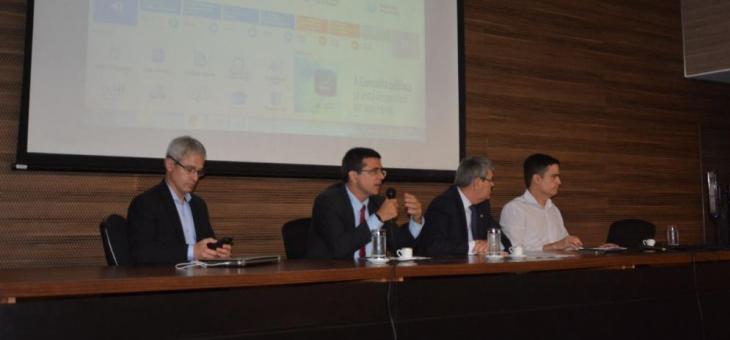 A partir da esquerda: Ivan Scarparo Forgearini, Manoel Rolim, Sérgio Tejada Garcia e Cristian Ramos Prange