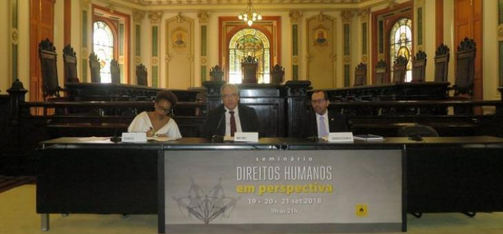 Adriana Cruz, André Fontes e Osair Victor de Oliveira Junior