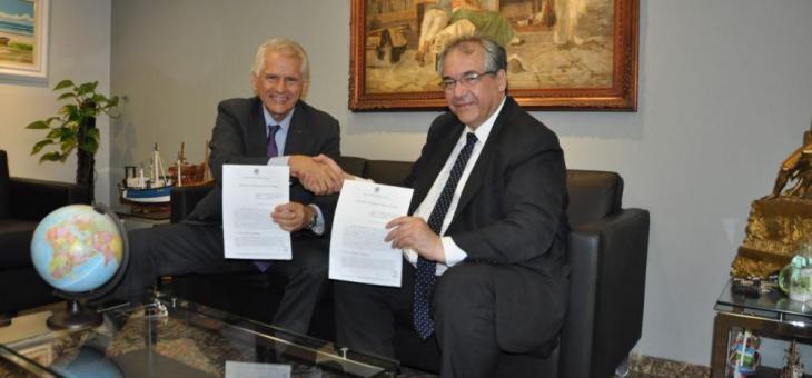 Antonio Claret de Oliveira e André Fontes