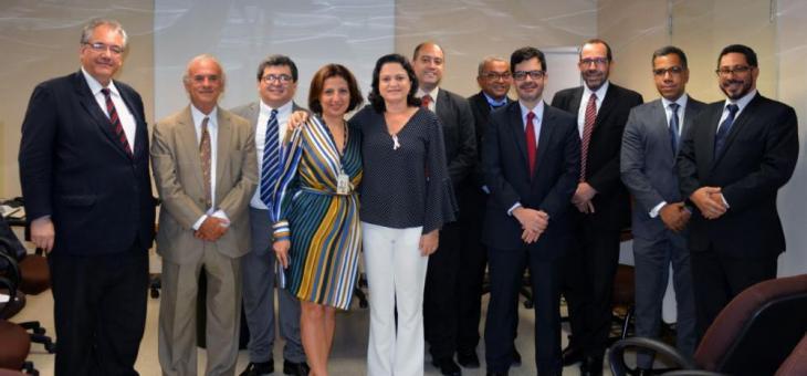 André Fontes (à esquerda): TRF quer segurança, acessibilidade e conforto em São Gonçalo