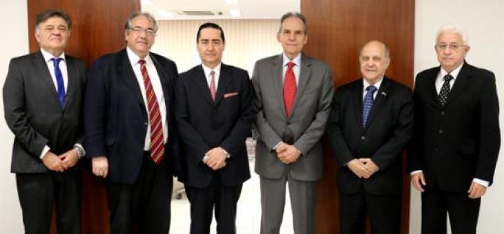 Nagib Slaibi Filho, André Fontes, Thompson Flores, Carlos Eduardo Fonseca Passos, Roberto Guimarães e Luiz Antonio Soares