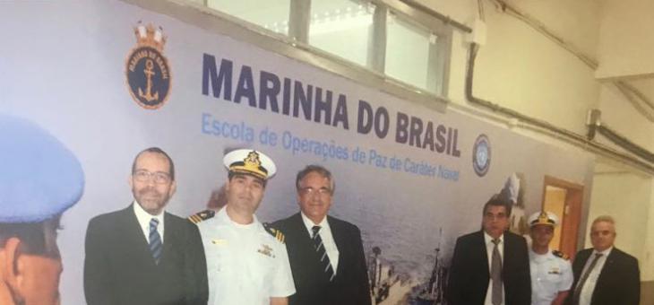 A partir da esquerda: Osair Victor, André Fontes, Alcides Martins e José Arthur visitam o CIASC