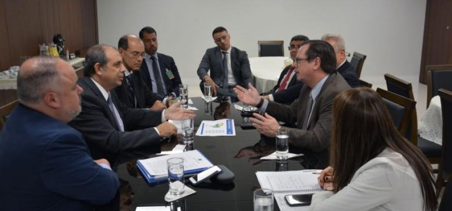 Reunião foi realizada na sede do TRF2