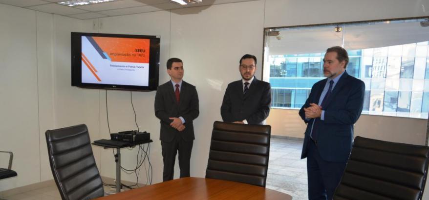 Presidente do STF visita a JFRJ para acompanhar a implantação do Sistema Eletrônico de Execução Unificado na 2ª Região