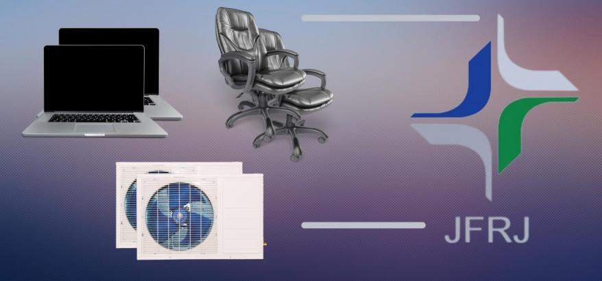 Imagem com logo da JFRJ no canto direito ao lado de duas cadeiras de escritório, dois ar condicionados e dois notebooks